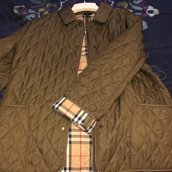 Burberry Jackets & Blazers - Burberry diamond quilted jacket